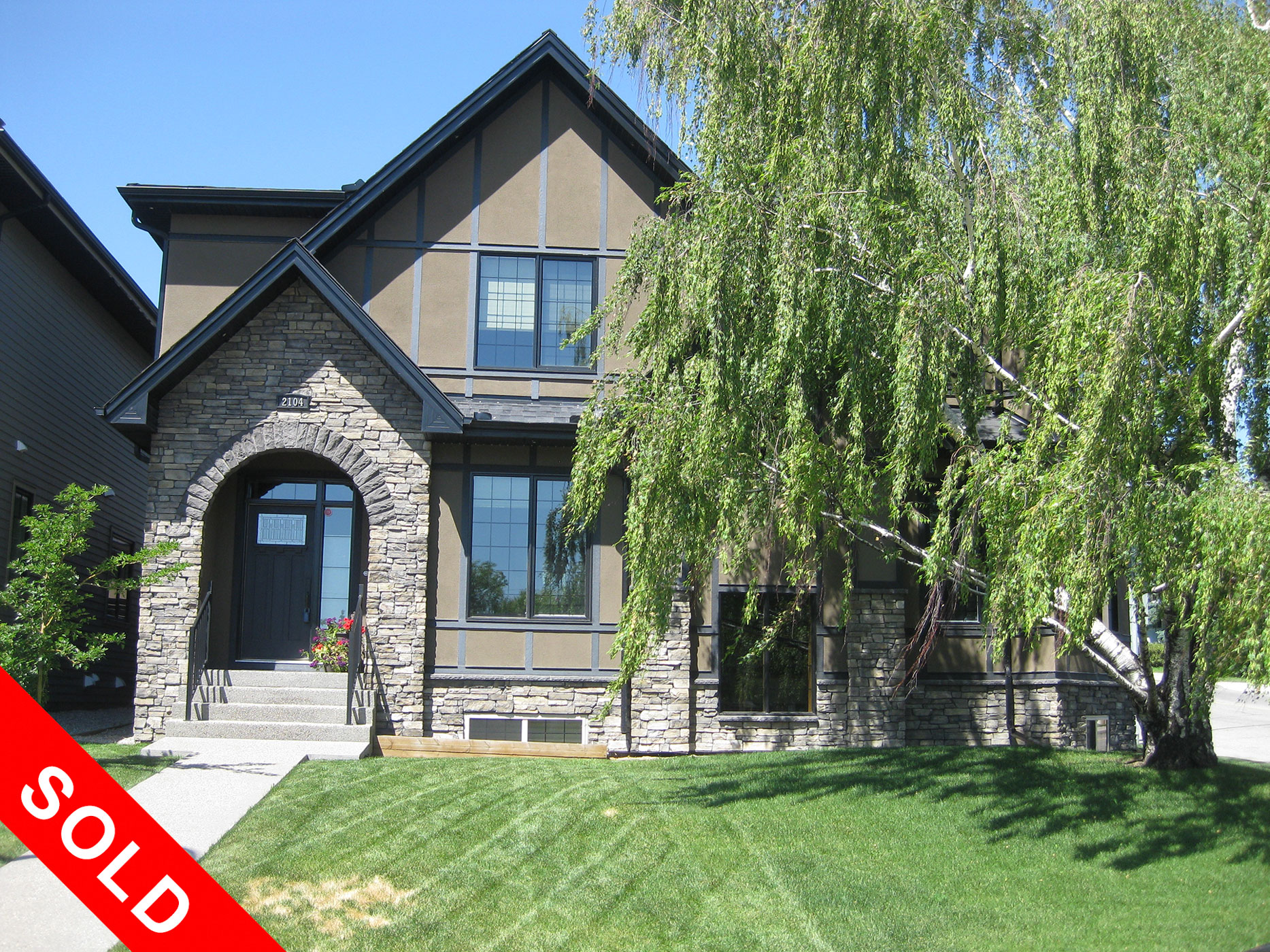 2104 31 Ave. SW, Calgary